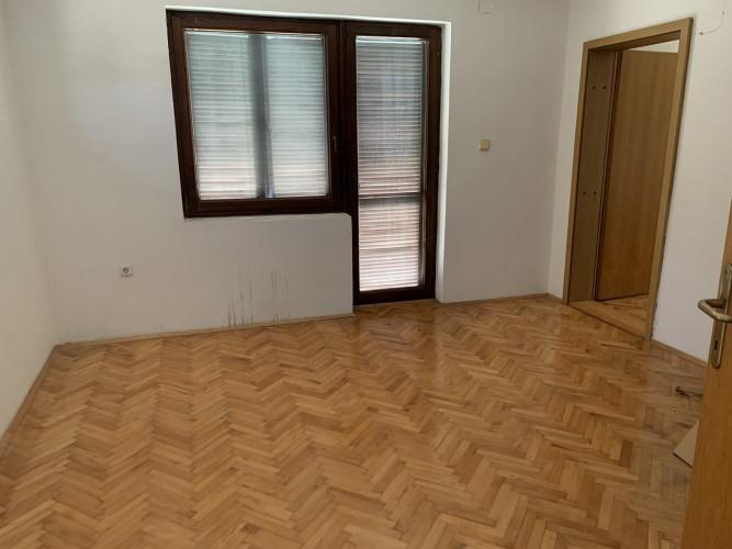 Na-prodaju-kuća-u-Obrenovcu(Grabovac)