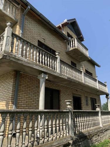 Na-prodaju-kuća-u-Obrenovcu-(Zvečka)