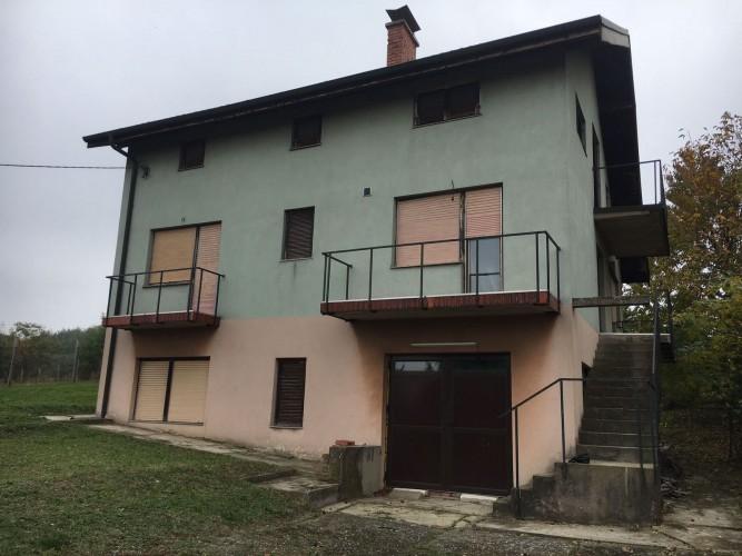 Na-prodaju-kuća-u-Obrenovcu(Mislođin)
